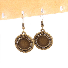 20pcs Fit 12mm Round black Cabochon Earrings Settings antique bronze earring base trays diy hooks findings for making earrings(China)
