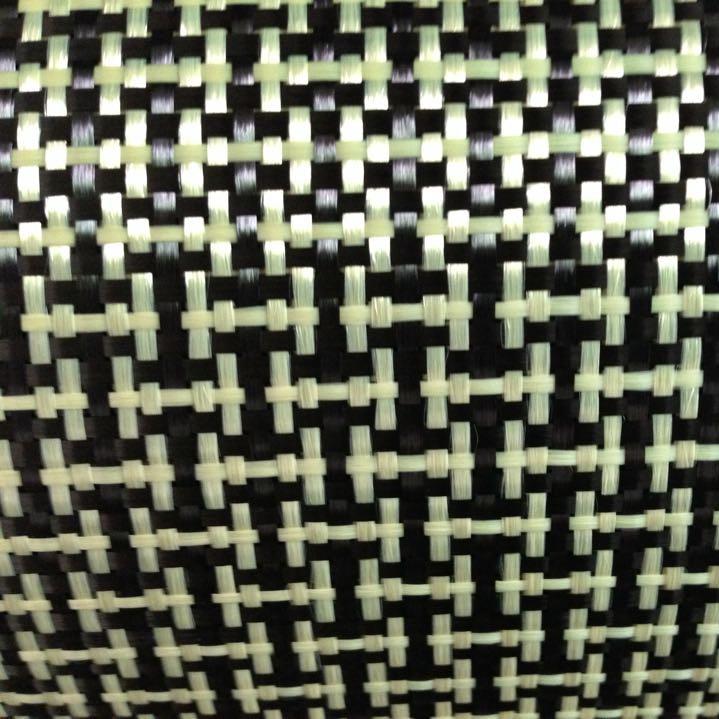 1100D / 3K 200 գ / գ I Weave Yellow Kevlar & Carbon Fiber- ի խառնված գործվածքներ Պարզ ածխածնի Կեվլար կտոր