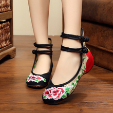 New Spring hit color women's flats shoes low heels fashion sexy flowers embroidery quality leisure shoes for ladies