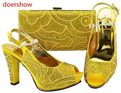 9944cb860fcdcd Couleur Et chaussures Ensemble Créateur Match bleu 11 Noir Sh1 Assortis Le jaune  Sacs Avec Sac À De ...
