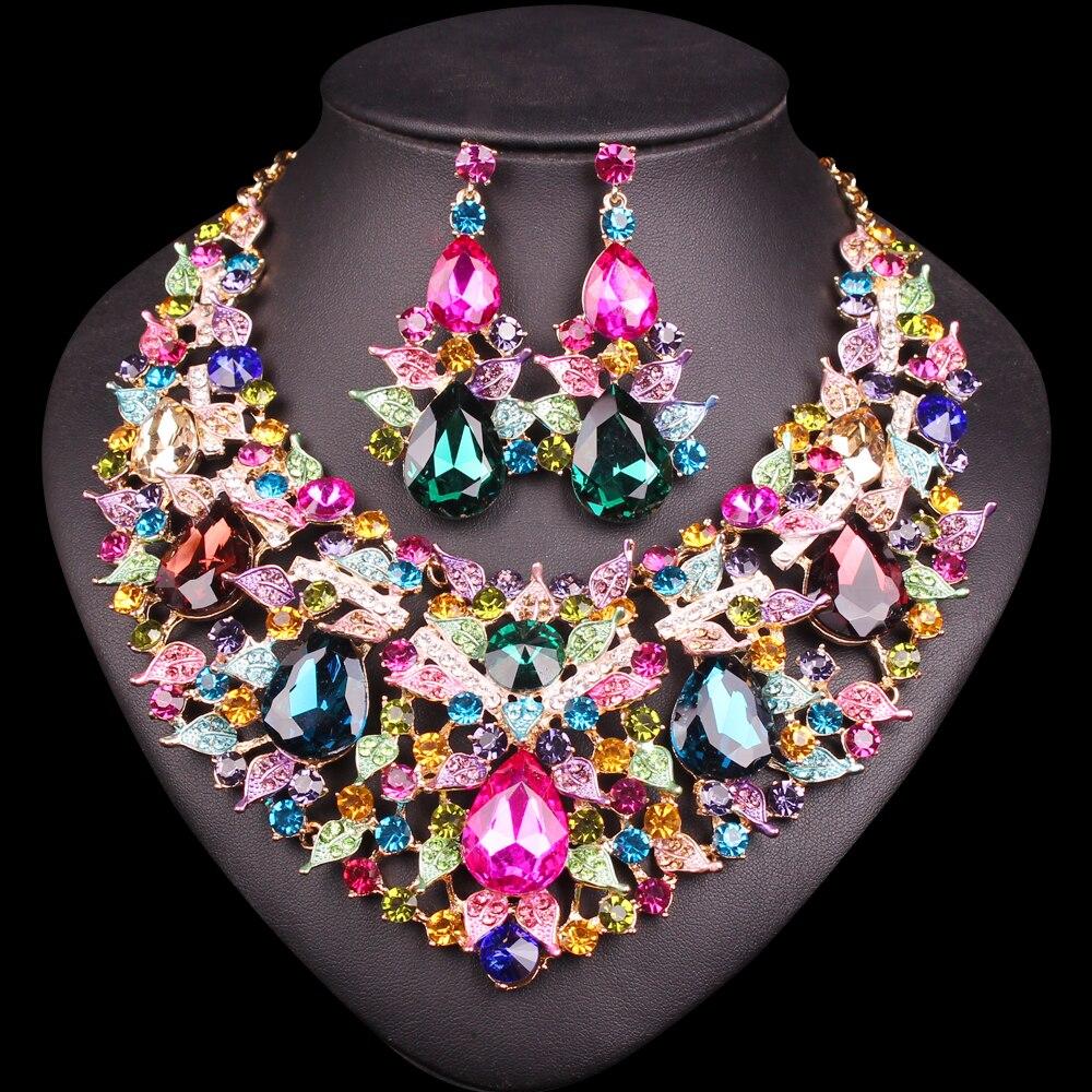 Bijoux de fantaisie en mode indienne