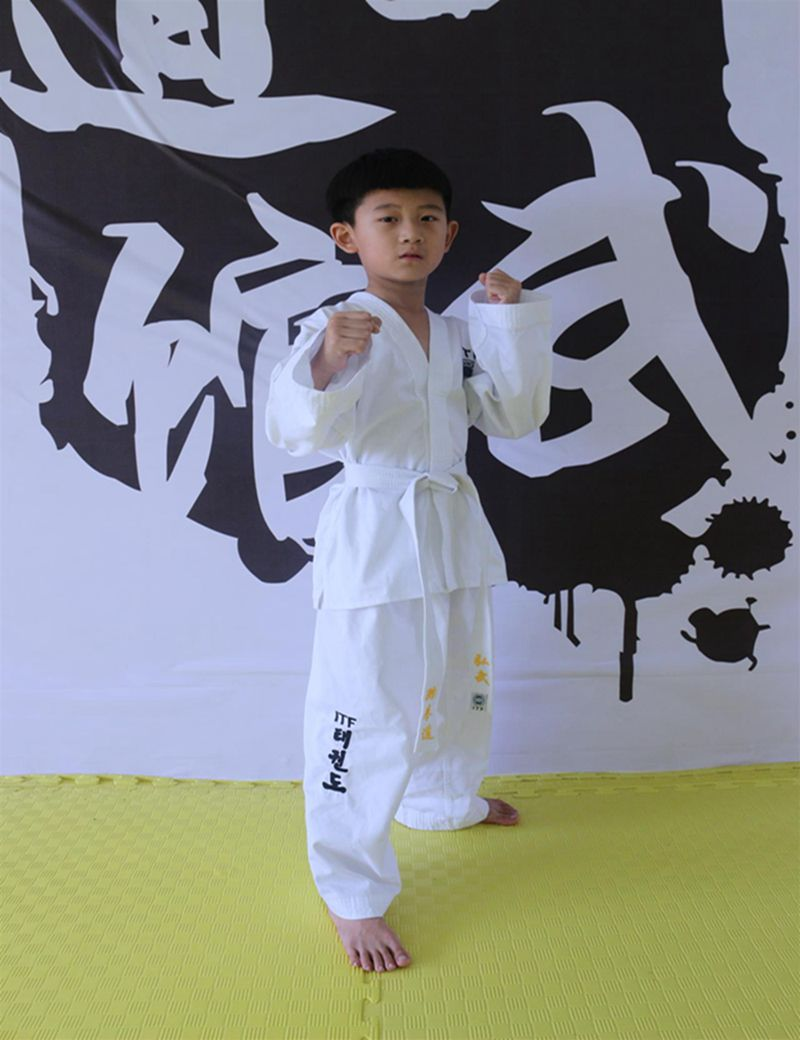 Prix pour ITF Taekwondo Uniforme Adulte et Enfants Dobok Broderie Motif Uniforme