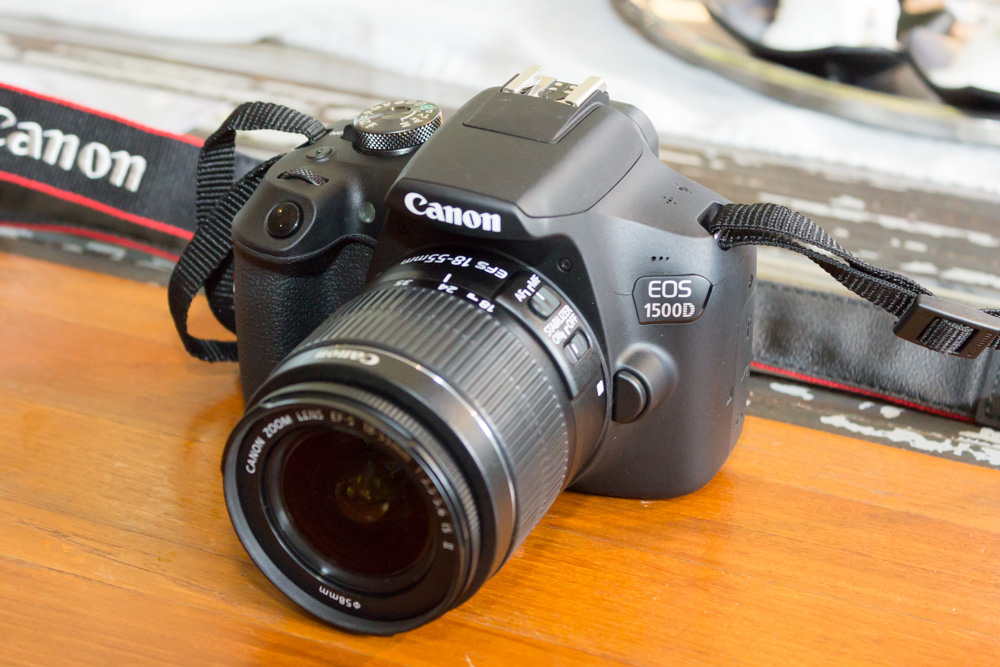 Canon EOS 1500D / Rebel T7 DSLR Camera with EF-S 18-55mm f/3