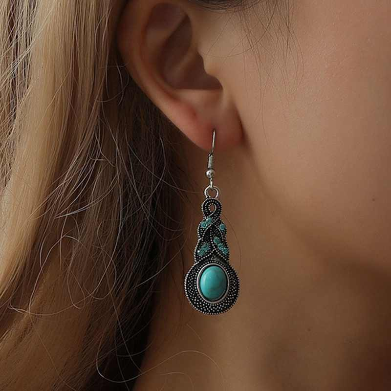 Luxury Bohemian Green Stone Earring Shellhard Boho Punk Drop Dangle Hook Earrings Boucle D'Oreille Femme Bijoux Fashion Jewelry