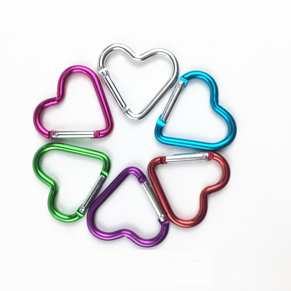 5PCS 4.4*4.2cm Outdoor Heart Shaped Survival Gear Carabiner Hook Buckle For Camping Hiking EDC Tool Mosqueton Key Chain AA60-5P