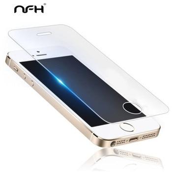 d984fb47320 5 piezas de templado de vidrio de película para iPhone en el 5S 4S 5 5S SE  6 6 S 7 7 Plus iPhone X XR Xs max Protector de pantalla funda protectora