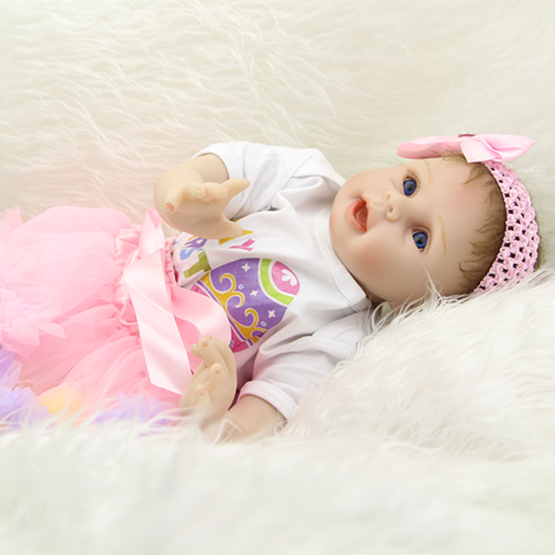 ФОТО newborn babies 22 inch collectible reborn baby doll girl soft silicone vinyl realistic dolls with hair kids birthday xmas gift