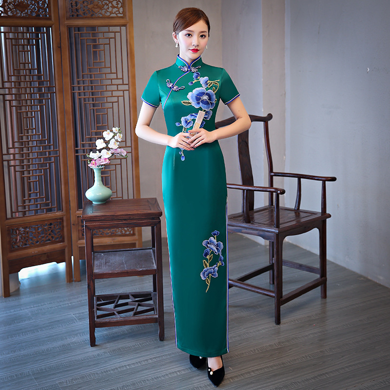 Green Chinese Traditional Women Rayon Qipao Vintage Cheongsam Novelty Chinese Formal Dress Plus Size M L