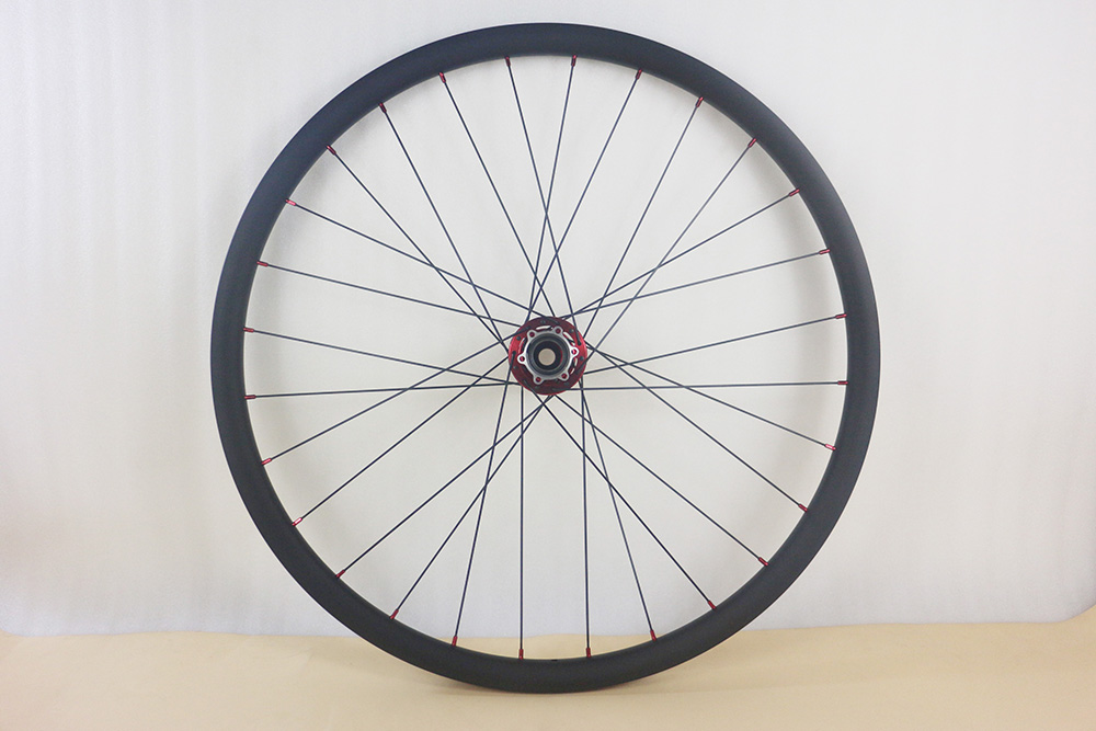 38mm clincher road front carbon wheel//700C high quality light weight 630g OEM