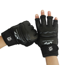 Kids Half Fingers Boxing Gloves hand grip Luva De Boxe Muay Thai Karate/Boxeo/MMA/Taekwondo Sandbag Punch Kick boxing Dumbbell