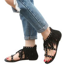 2019 New Flat Sandals Women Fashion Solid Color Rivet Tassels Flat Heel Sandals Rome Shoes Girl Rome Soft Sandals Shoes