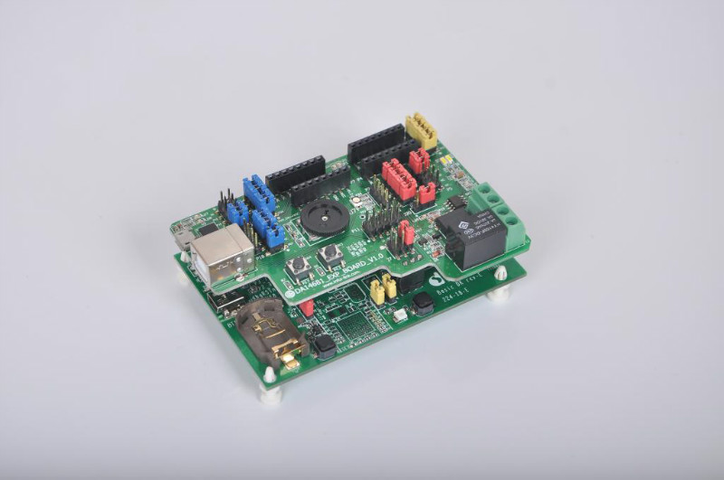 Whole network first! Ultra low power! DA14680/DA14681 Bluetooth 4 Bluetooth 4.2 BLE development board free shipping ti cc2541dk sensortag bluetooth 4 0 ble intelligence development kits module