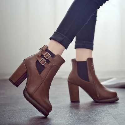 2018 Novas Mulheres Arrancar Outono Inverno Botas Curtas Das Mulheres Sapatos de Salto Alto Botas novas Botas Tornozelo Mulheres Negras Sapatas Das Mulheres