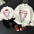 Mirada de la familia madre niño padre hijos camisas de manga larga blanco otoño nueva llegada 2016 ropa de moda para niños