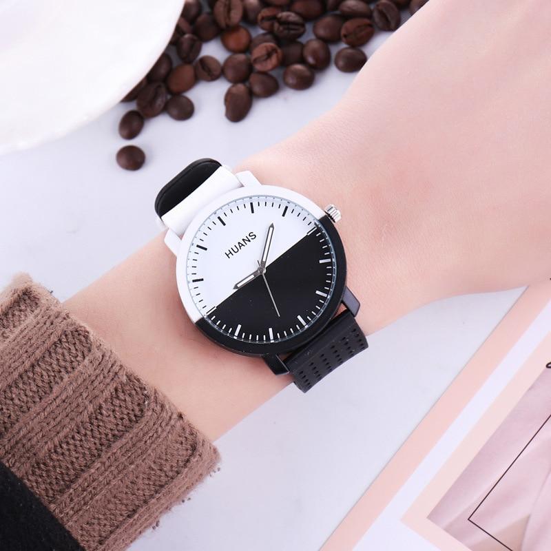 84f86273e 2018 New Fashion black and white silicone watch Men Women Lovers Dress  Quartz Wrist Watch Relogio Feminino-in Quartz Watches from Watches on  Aliexpress.com ...