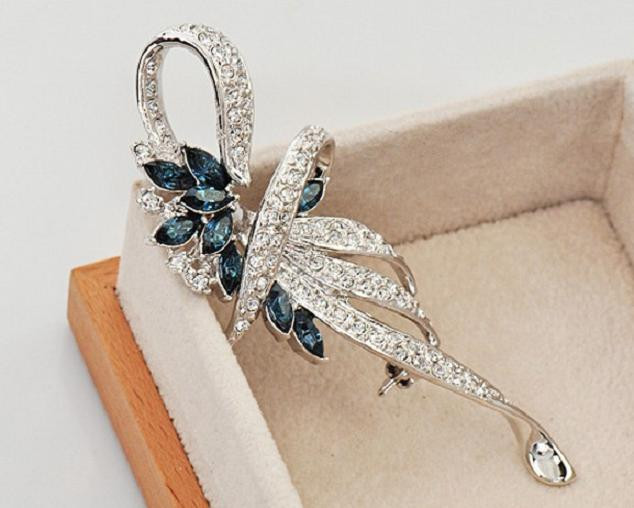 SHUANGR Luxury Crystal Flower Brooch Lapel Pin Rhinestone Jewelry Women Wedding Hijab Pins Large Brooches For Women brooches 13