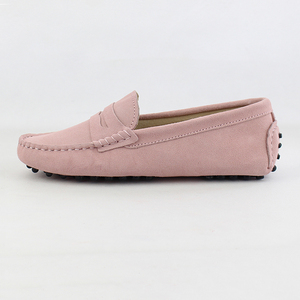 Image 2 - 2020 Top Fashion Womens Flat Shoes Genuine Leather Woman Shoes Flats Casual Loafers Soft Slip On Moccasins Lady Driving Shoes