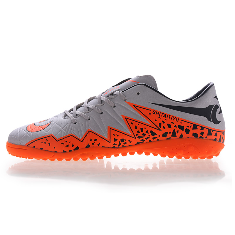 ФОТО New Arrival sports 2016 spring Football Boots Professional Sports Shoes Short Spikes Soccer Shoes For Size 39-44