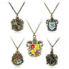 2017 5 Styles Classic HP Necklaces Hogwarts Wizarding School Slytherin Hufflepuff Ravenclaw Gryffindor Badge Necklaces -30