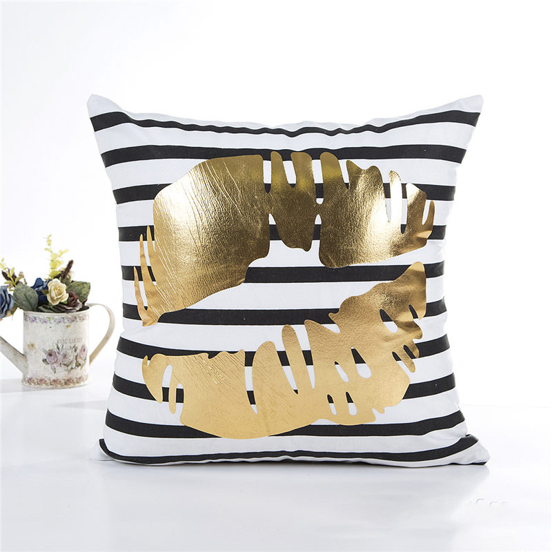 Chrismas Tree Painting Cushion Cover Bronzing Letter Decorative Cushions For Sofa Seat Living Room Cushion Cover Deco Fiber
