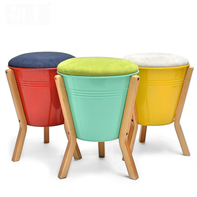 High quality practical small home stool ottoman modern minimalist fashion creative footstool wooden 3 legs shoe stool 30*43cm