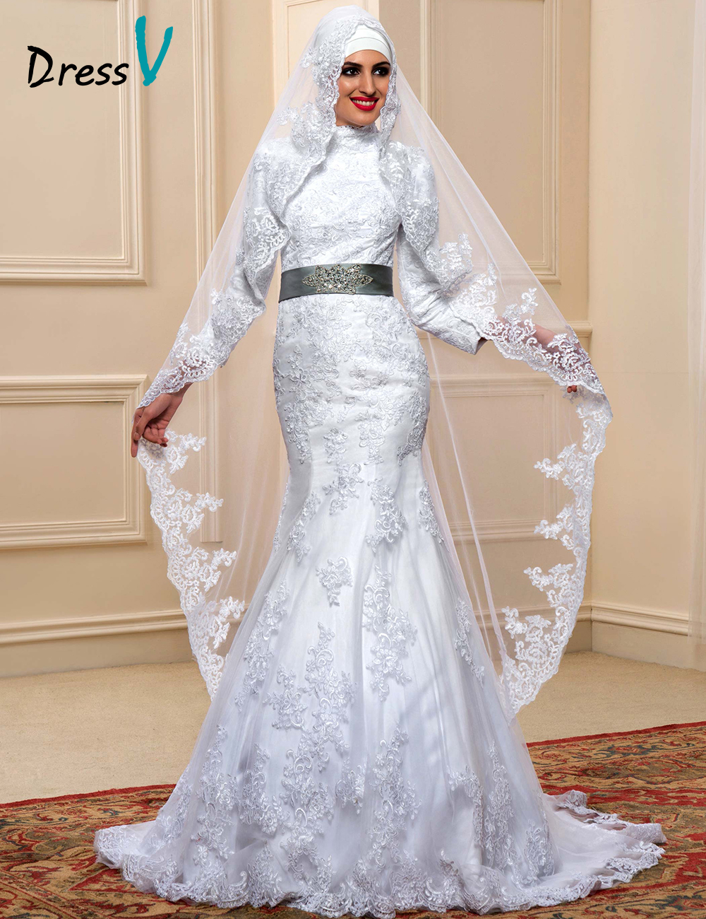 2017 New Fashion Muslim Wedding Dresses White Lace High Neck with Long Sleeves Beadings Buttons Bowknot Mermaid Bride Dresses