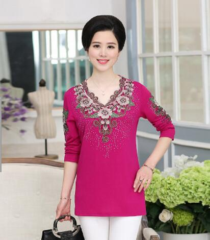 JQNZHNL 2018 New Spring Mid-aged Women Long Sleeved V Neck Shirts Fashion Embroidered Slim Long sleeves T-shirt Tops E772