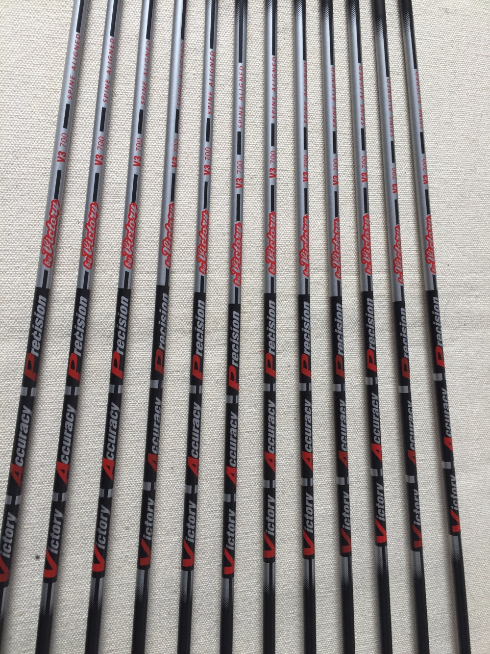 12pcs 30 Carbon arrow Spine700 ID4 2 V3 carbon arrow shaft with 1 75 vane Pin