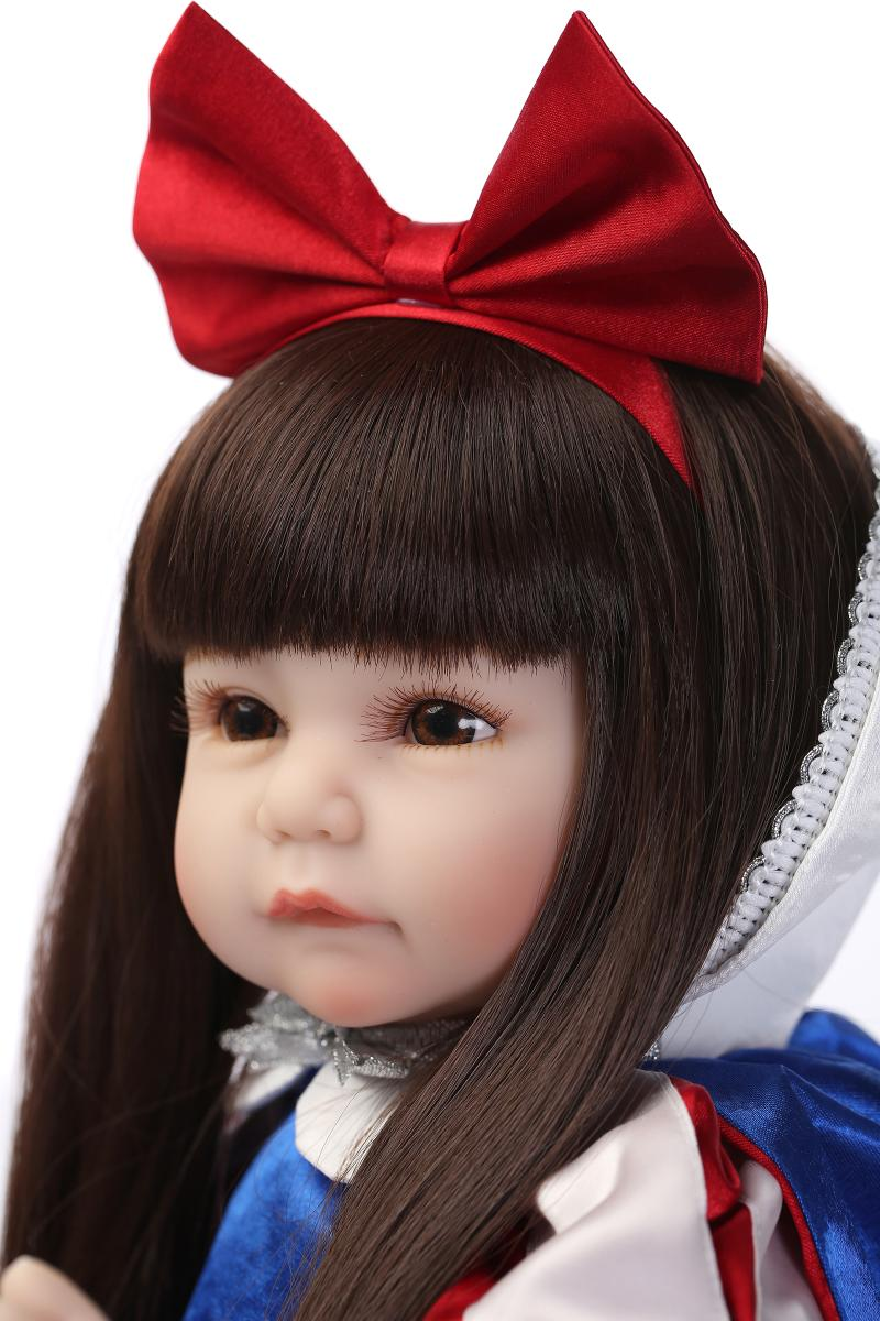 Hotsale 22Inch Silicone Reborn Baby Doll Snow White Dressing Cosplay Fashion Dolls Long Hair Real Lifelike Baby Girls Gifts