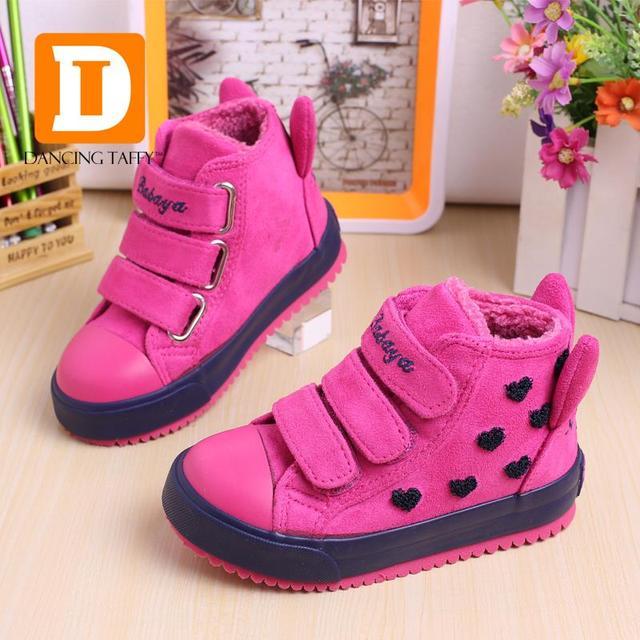 Invierno Niñas Botas De Goma Nuevo 4 Colores de Moda Calientes Zapatos Niños de Las Muchachas de Cuero Rebaño Felpa Plataforma Plana Zapatillas de deporte de Los Niños Botas