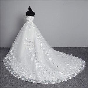 Image 4 - Luksusowy kryształ perły 3D kwiat 2020 koronka w stylu vintage suknia ślubna duży pociąg Plus rozmiar suknia szata de Mariee Vestido De Noiva
