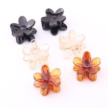 2017 New Style Fashion lovely small flower design hair clips for girls ABS & PC mini claws children 3*3cm Good Quality