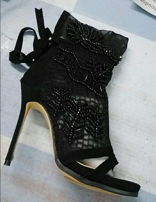 00d1f03250e66d Décor Bottines Résille Chaussures Femmes Femme Aiguilles Cheville Maille  Cordes À Bottes Robe D'été Dentelle Talons Bout Sexy Noir ...