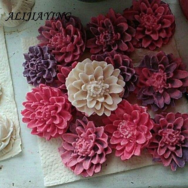 3D เบญจมาศแม่พิมพ์สบู่เรซิ่นดินช็อกโกแลตลูกอมซิลิโคนแม่พิมพ์เค้กดอกไม้ Fondant เค้กตกแต่งเครื่องมือ D0158