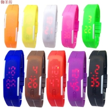 New LED Electronic Hand Ring Digital Watch Waterproof Rectangular Silicone Mini Watch Sports Clock Women Watches Horloge B37
