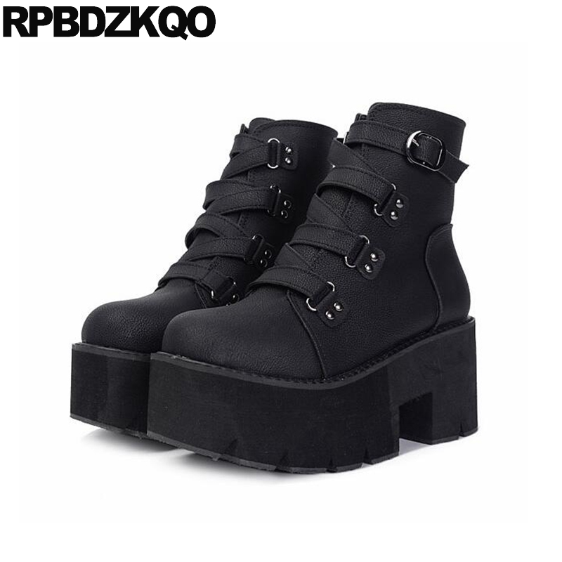 a6ab00f5576 US $58.53 36% OFF|Platform Block Women Chunky Shoes Harajuku Lace Up Black  High Heel Gothic Round Toe Short Punk Rock Boots Autumn Ankle 2018-in Ankle  ...