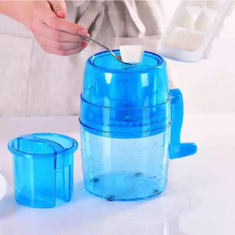 New hand crank ice machine manual ice machine mini small sand ice machine children's home ice machine 2016 new generation powerful 220v electric ice crusher summer home use milk tea shop drink small commercial ice sand machine zf