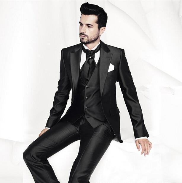 2017 Nova Bonito Preto Notch Lapela Do Noivo Smoking Melhor Homem do Terno Groomsman Men Casamento Ternos Noivo (Jacket + Pants + gravata + Colete)