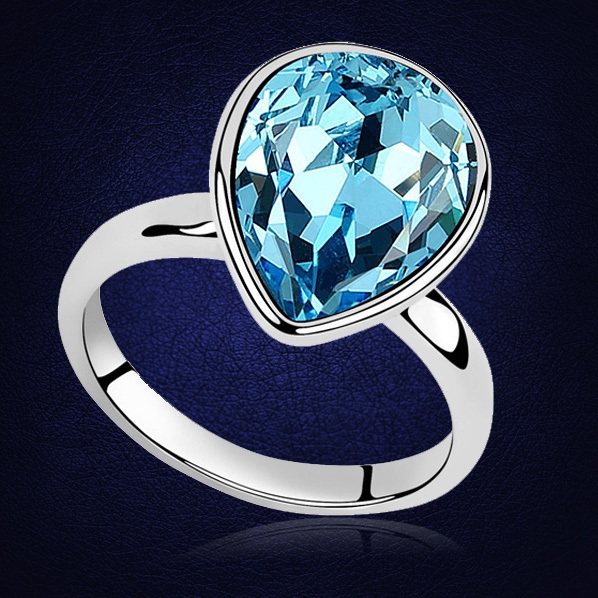Luxurious Crystals from Swarovski Rings Female Ring Bijoux New White Gold Color Wedding Engagement Rings For Women Top Quality