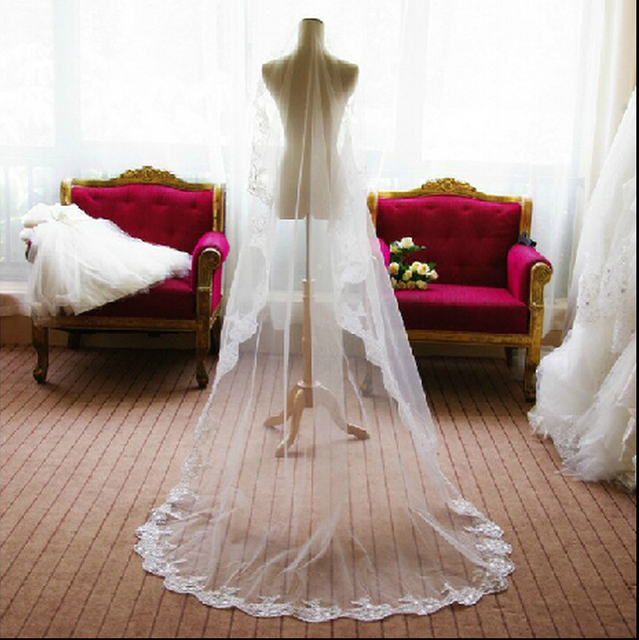 Free Shipping Elegant Long Lace Wedding Veil Bridal Veil with Appliques Lace Wedding Accessories