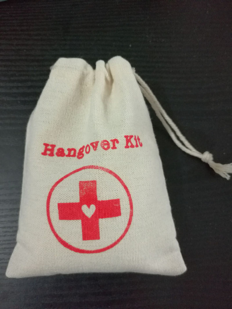 heart Hangover Kit Linen Gift Bag 12x18cm(4.75x7) 15x21cm(6x8) pack of 30 Wedding Favor Holder Packaging Pouch