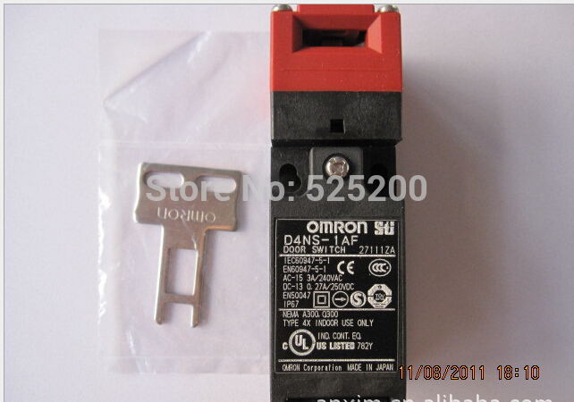 free shipping D4NS-1AF Omron safety door switch [zob] supply of new original omron safety door switch d4bs 35fs d4ns 4af substitute 2pcs lot