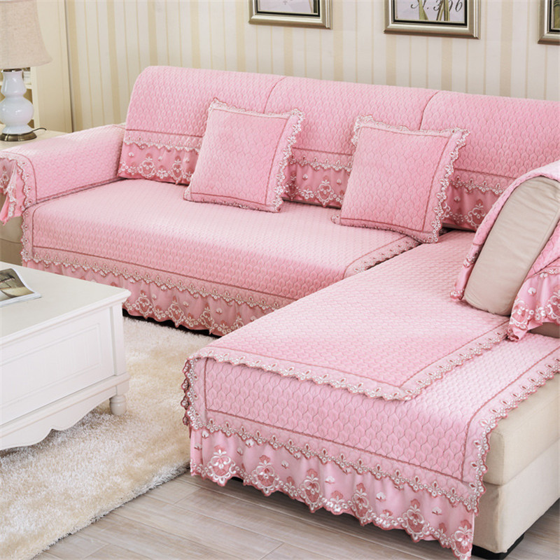 Quilted sofa cover surefit quilted velvet deluxe sofa pet for How to make canape cases