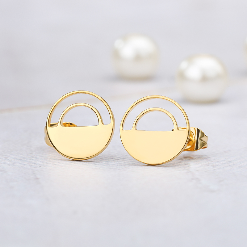 2018 New Fashion Stud Earrings Geometric Round Triangle Design Punk Ear Jewelry Brincos