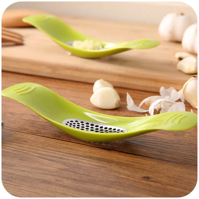 Garlic Press kitchen tools and equipment