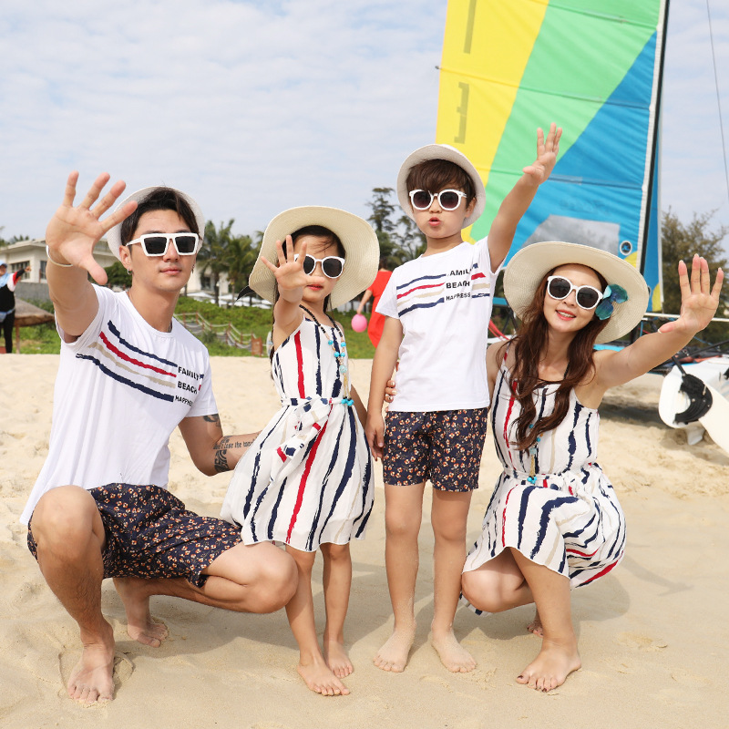 Summer Beachwear Family Matching Outfits Striped Mom And Daughter Midi Dress Dad And Son Short Sleeve T shirt+Shorts Tracksuit