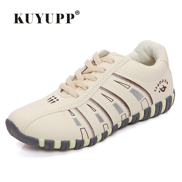 KUYUPP Fashion Breathable Leather Women Casual Shoes Lace Up Trainers Woman Flats Outdoor Low Top Shoes Zapatillas Mujer YD122