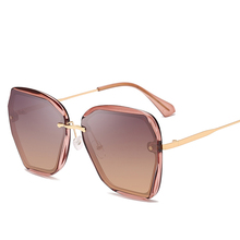 2019 Fashion Womens Sunglasses Luxury Brand Designer Ladies Square Female Personality Oversized UV400