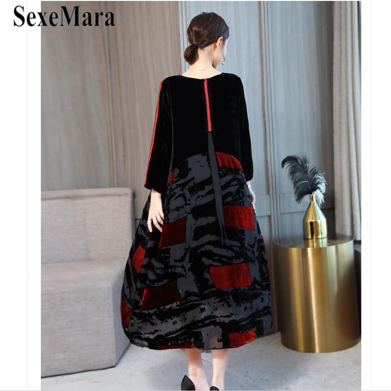 2019 Autumn Big Size New Chinese Style Women Dresses Robe Velvet Black Patchwork Elegant Loose Print Silhouette Bottom Dress