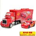 2 pcs Conjunto de Carros Diecast N ° 95 Mack Caminhão iluminações do Piloto de Metal Carro de brinquedo Para Crianças 1:50 Solto Brand New In Estoque McQueen